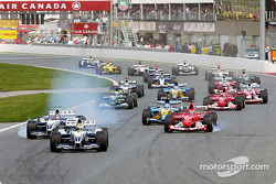 The start: Ralf Schumacher leads Juan Pablo Montoya