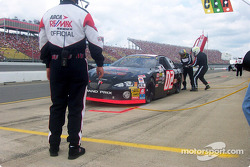 Pitstop for Hermie Sadler