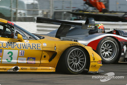 #10 JML Panoz LMP01: Olivier Beretta, David Saelens, and #3 Corvette Racing Chevrolet Corvette C5-R: Ron Fellows, Johnny O'Connell