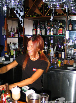 Charming bartender in Trois-Rivières
