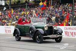 Drivers parade: Olivier Panis and Cristiano da Matta