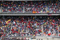 Crowd at Indianapolis Motor Speedway