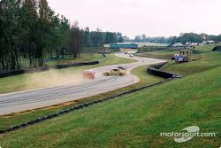 #61Colletti Motorsports Acura Integra R: Joe Ellis, Steve Colletti spins