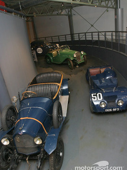 Competition cars hall