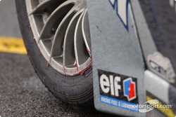 The Cirtek Porsche paid the penalty for clipping the wall