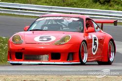 Demo run by a Porsche 911