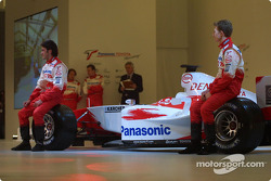 Ricardo Zonta and Ryan Briscoe with the new Toyota TF104