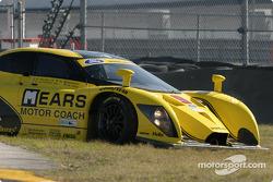 La Ford Multimatic n°9 de Mears Motor Coach (Paul Mears Jr., Mike Borkowski, Arie Luyendyk Jr., Nick Ham, Justin Bell) a des problèmes