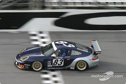 #83 Cirtek Motorsport Porsche GT3 RS: Rob Wilson, Frank Mountain, Martyn Konig