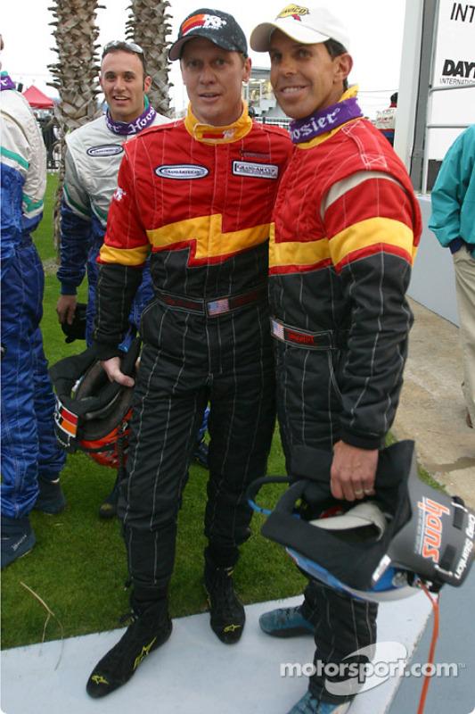 Les vainqueurs Craig Stanton et Terry Borcheller sur la Victory Lane