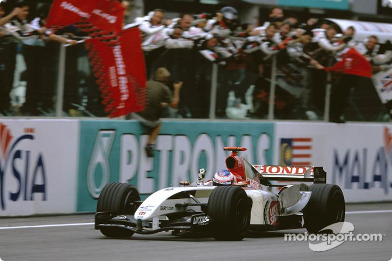 Em 2004, ano de conquistas para Button: sua primeira pole e primeiro pódio na F1