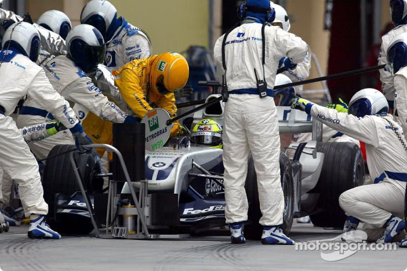 Boxenstopp: Ralf Schumacher, BMW Williams F1 Team, FW26