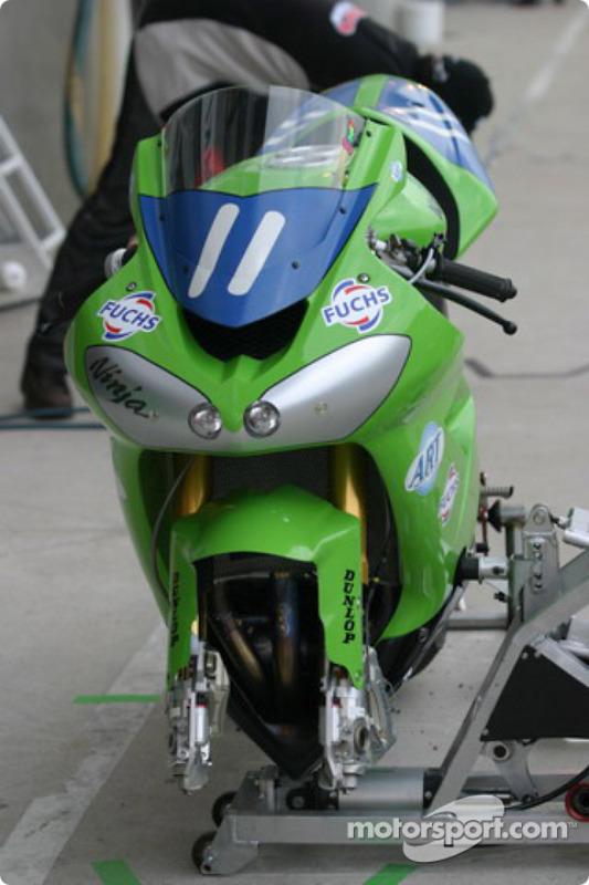 La Kawasaki ZX10 R de Kawasaki Fuchs