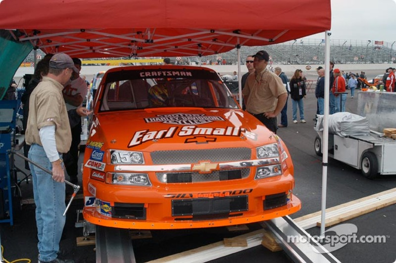Shane Hmiel's truck goes through technical inspection