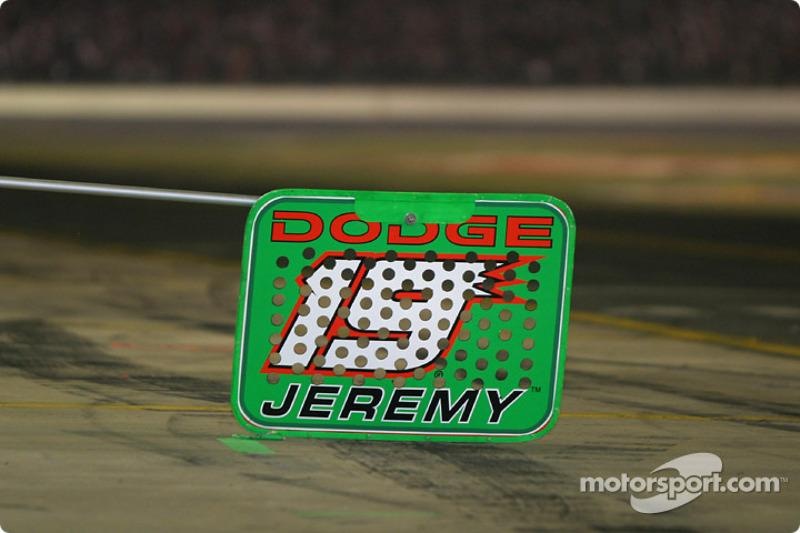 Parada de pits para Jeremy Mayfield