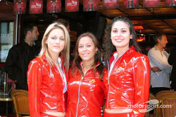 Canadian GP festivities announcement: the pit girls