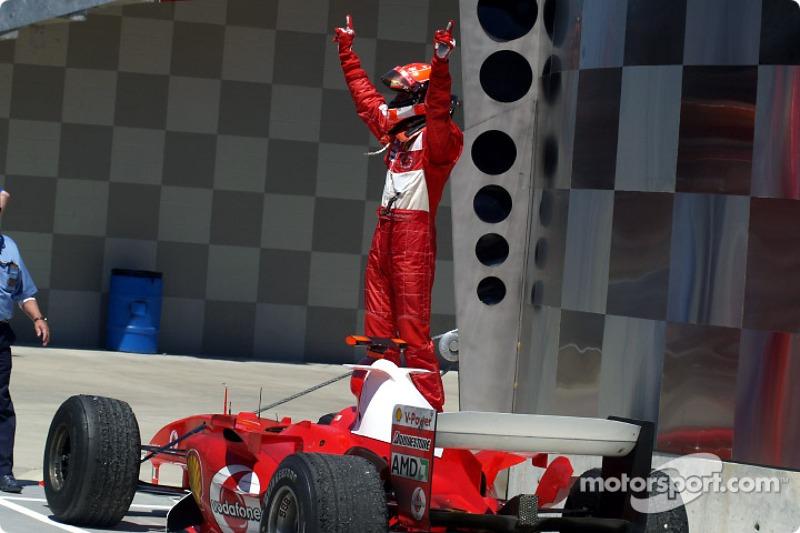 2004 (Індіанаполіс). Переможець: Міхаель Шумахер, Ferrari