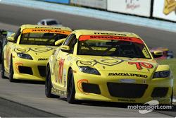 La Mazda RX8 n°70 de David Haskell et Sylvain Tremblay
