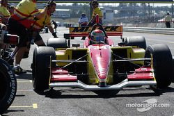 Justin Wilson's pit crew goes into action