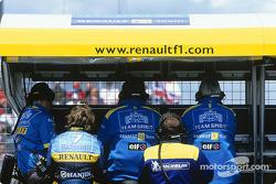 Jarno Trulli at Renault pitwall