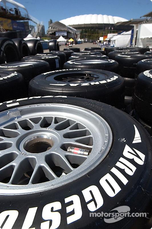 Les pneus du jeudi matin