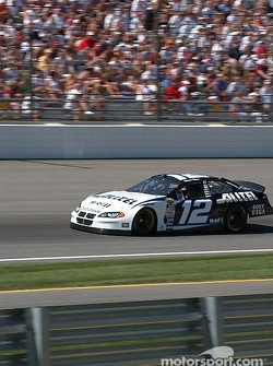 #12 Ryan Newman qualifies for the Brickyard 400
