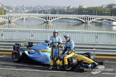 Renault F1 R24 gösteri sürüşü, Lyon, Fransa