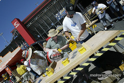Dewalt put the fans to work for prizes