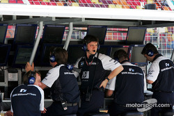 Williams-BMW pitwall