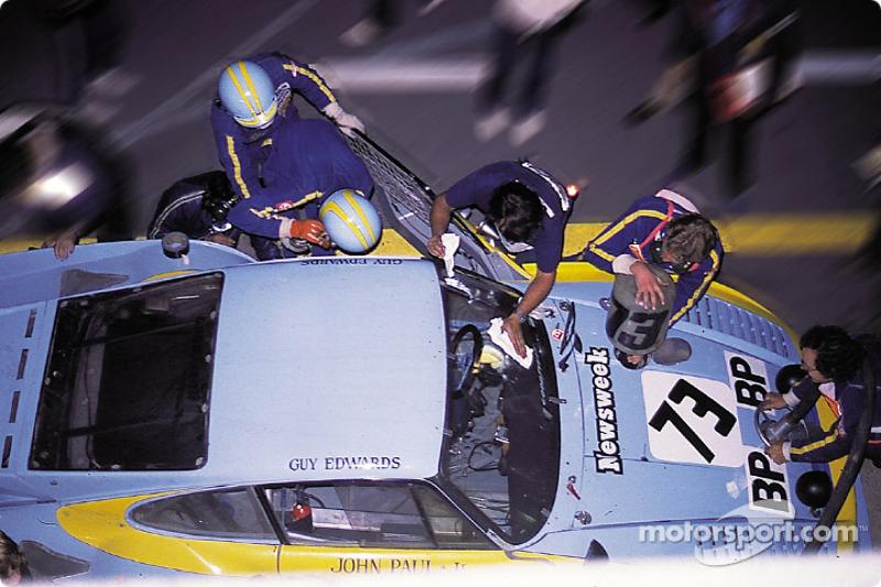 1980 год. Экипаж Джона Пола, Гая Эдвардса и Джона Пола-младшего, Porsche 935 K3