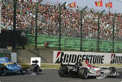 Takuma Sato passes Jacques Villeneuve
