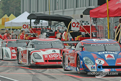 Pitlane activity before the race