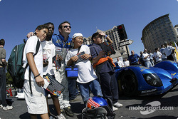 The Sixth Annual Mini Le Mans of San Jose: Nicolas Minassian with the kids