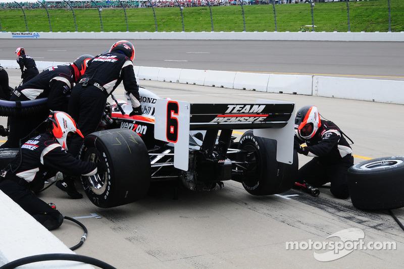 Ryan Briscoe, Team Penske, pitstop