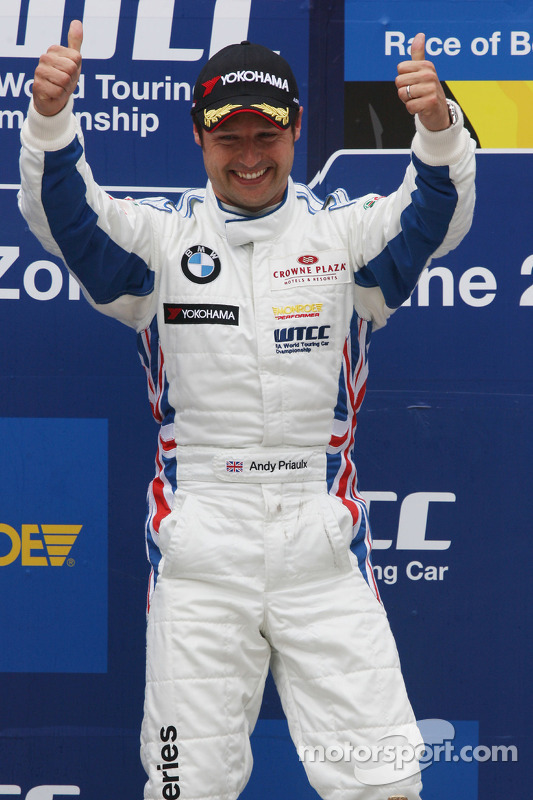 Podium, Andy Priaulx, BMW Team RBM, BMW 320si