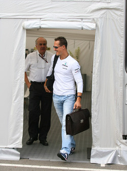 Karl-Heinz Zimmerman and Michael Schumacher, Mercedes GP