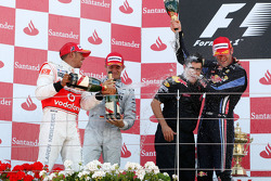 Podium: race winner Mark Webber, Red Bull Racing, second place Lewis Hamilton, McLaren Mercedes, third place Nico Rosberg, Mercedes GP