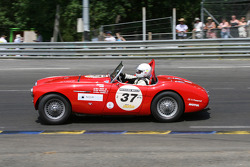 #37 Austin Healey 100 M 1954: Stefano Friscia, Eugene Deleplanque, Guillaume Meurisse