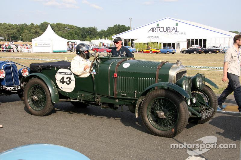 43 Bentley 4 5l 1928 Christian Dumolin At Le Mans Classic