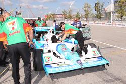 Andretti Autosport teamleden aan het werk
