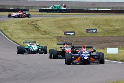 Adriano Buzaid leads Felipe Nasr