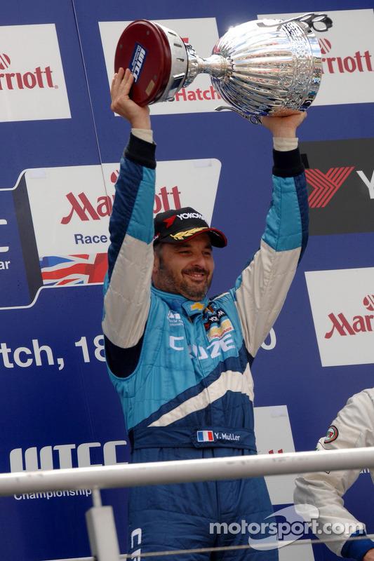 Race winnaar Yvan Muller