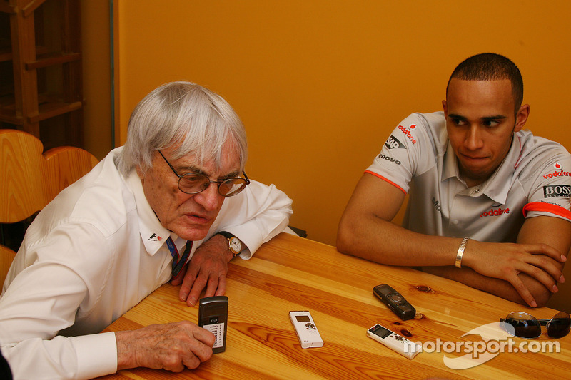 Bernie Ecclestone y Lewis Hamilton, McLaren Mercedes