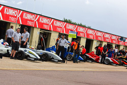 F3 Cars wait in the pitlane to go out on track
