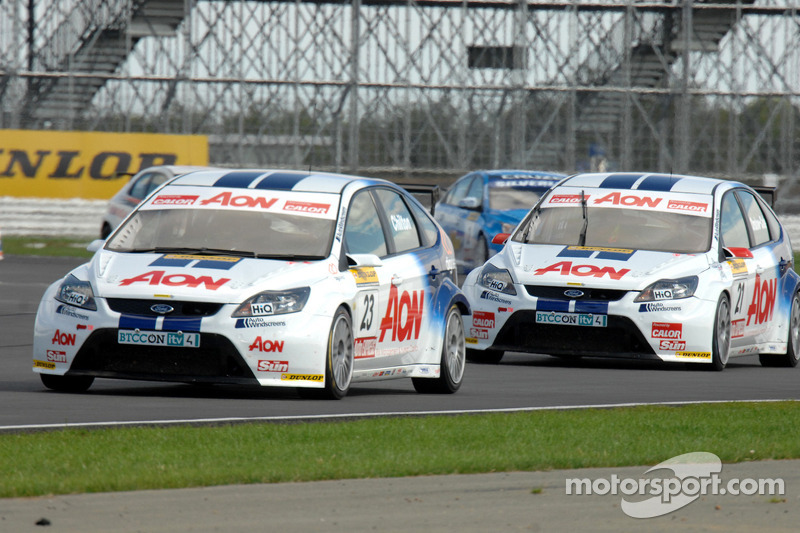Tom Chilton voor Tom Onslow-Cole
