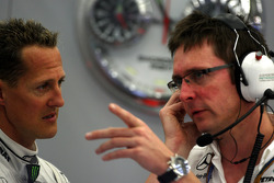 Michael Schumacher, Mercedes GP Petronas, Andrew Shovlin, Mercedes GP Petronas, Senior Race Engineer