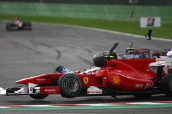 Trouble for Rubens Barrichello, Williams F1 Team and Fernando Alonso, Scuderia Ferrari