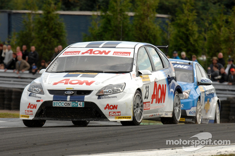 Tom Chilton voor Jason Plato