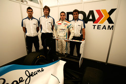 Felipe Guimaraes and his engineers