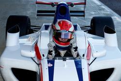 Benjamin Lariche viert zijn tweede plaats in de kwalificatie op de grid
